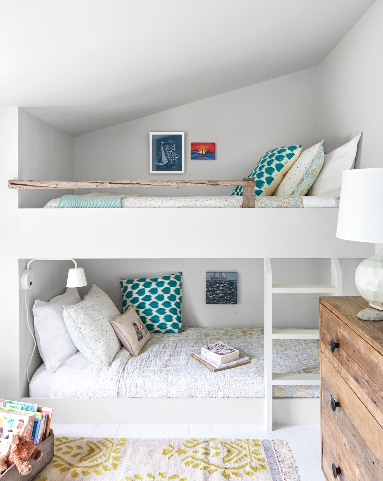 маленькая детская комната для двоих детей фото