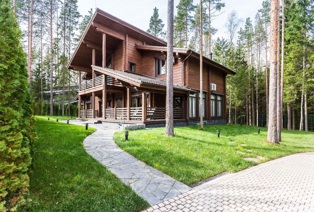 Стильный фасад загородного дома: 15 фото