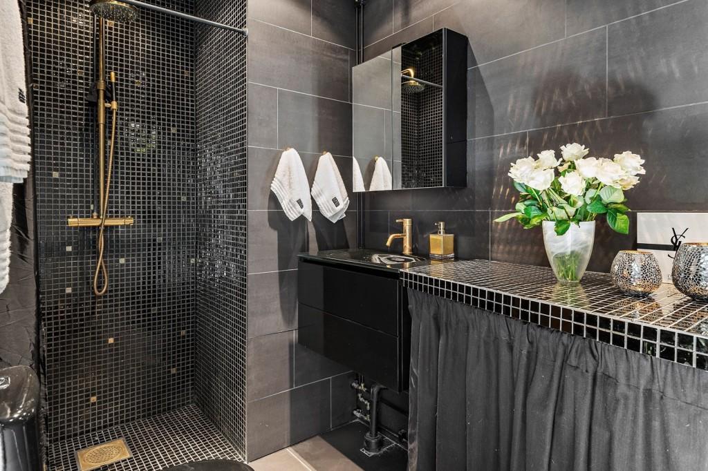 черные ванные