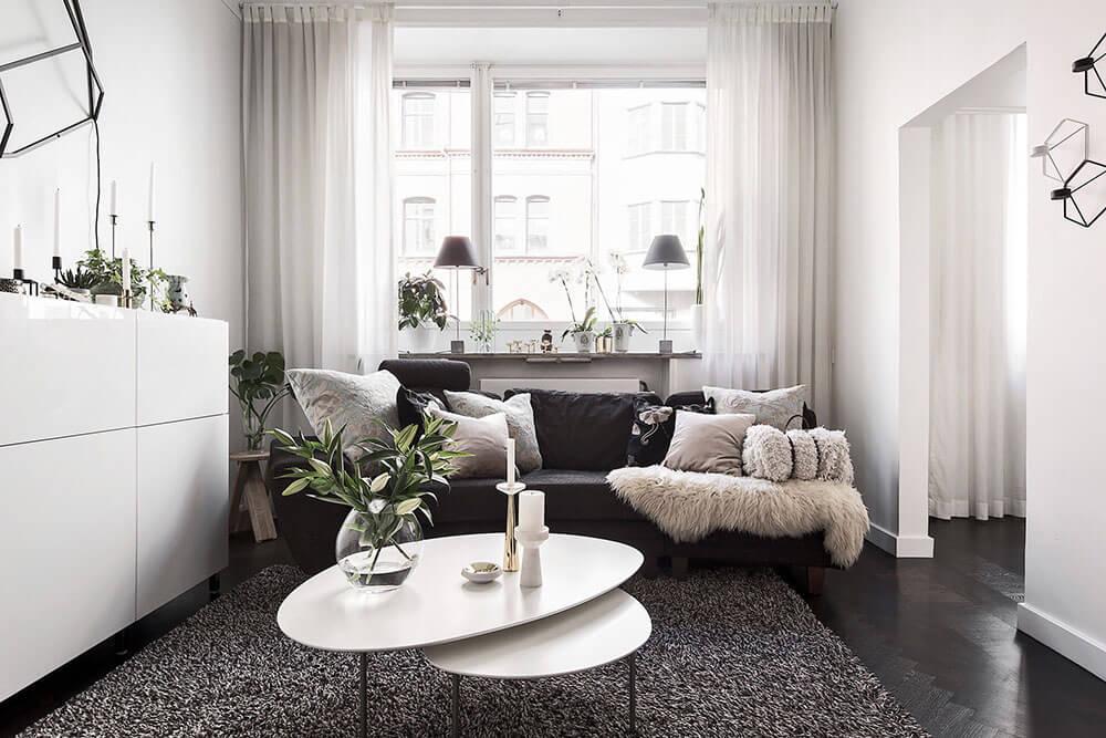 Современная маленькая квартира 37 кв. м