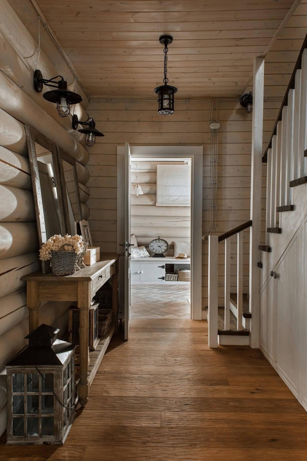 коридор в деревянном доме