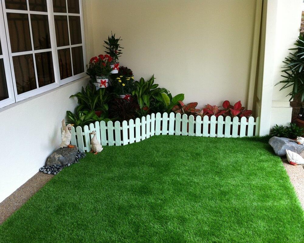 искусственный газон на террасе