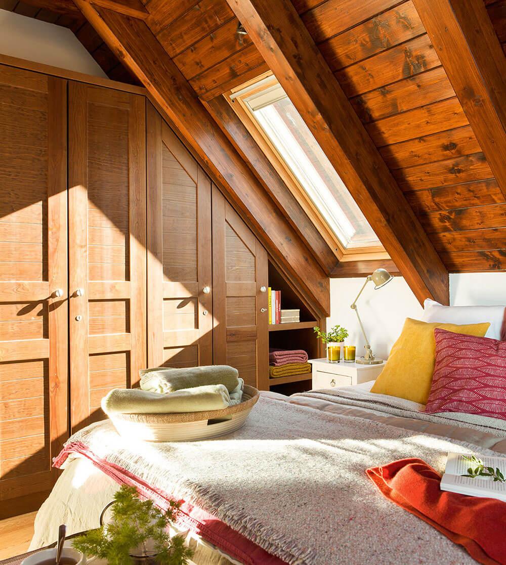дизайн маленькой спальни на мансарде