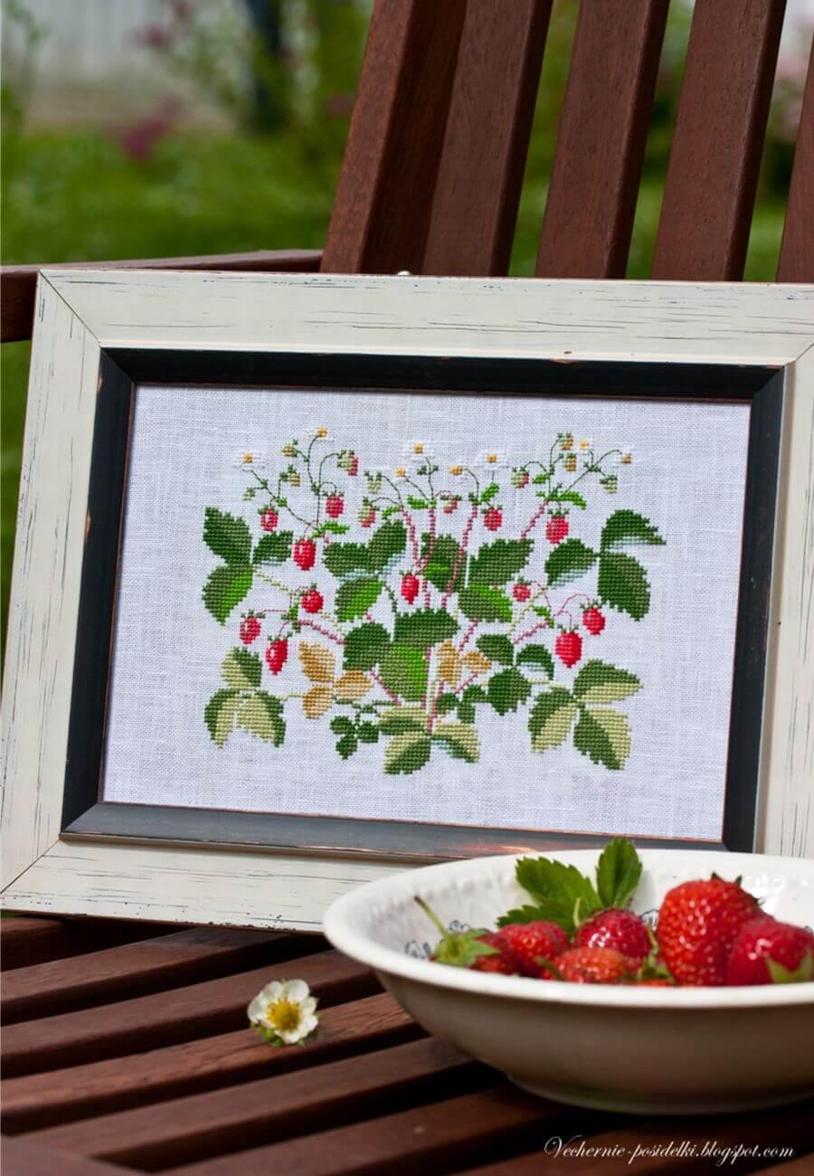 Вышивка ягодки