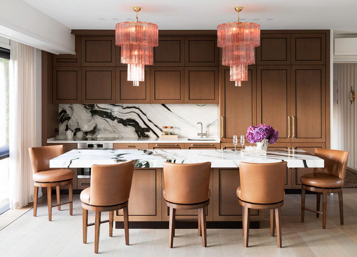Дизайн кухни-столовой в частном доме