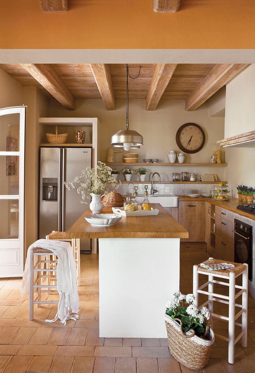 Ремонт кухни в деревянном доме
