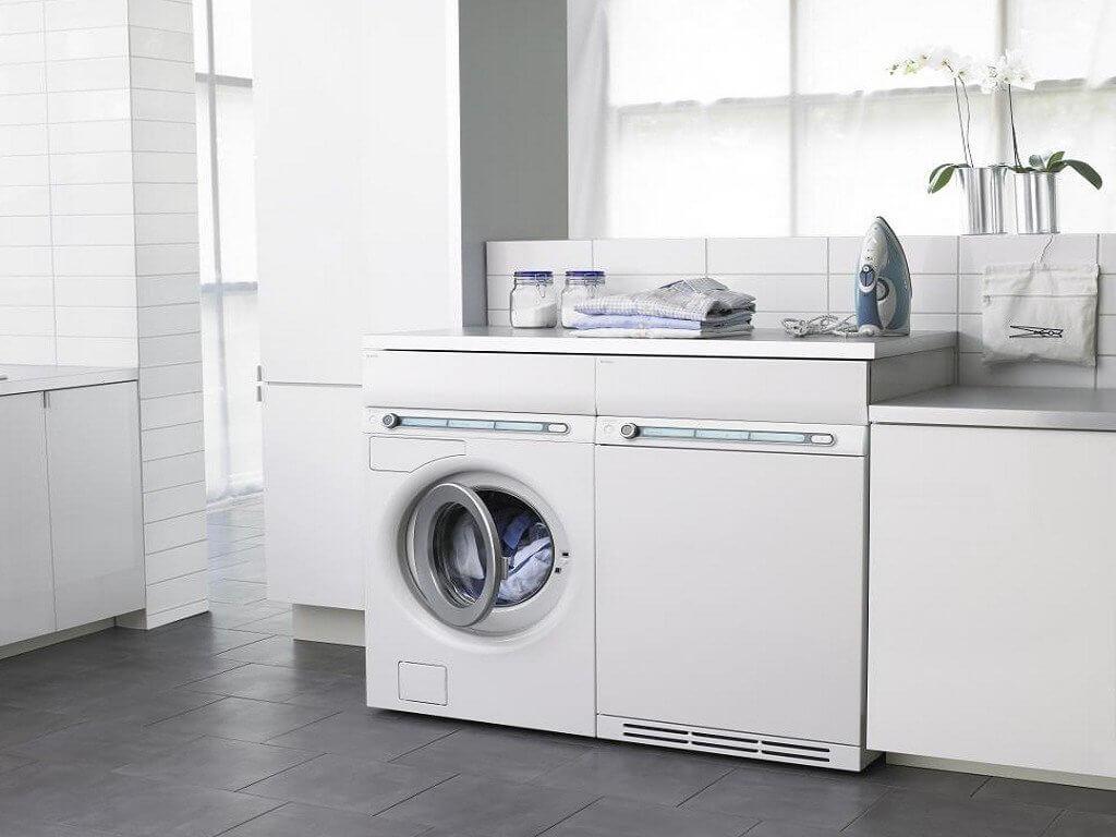 стиральная машина в интерьере ванной фото