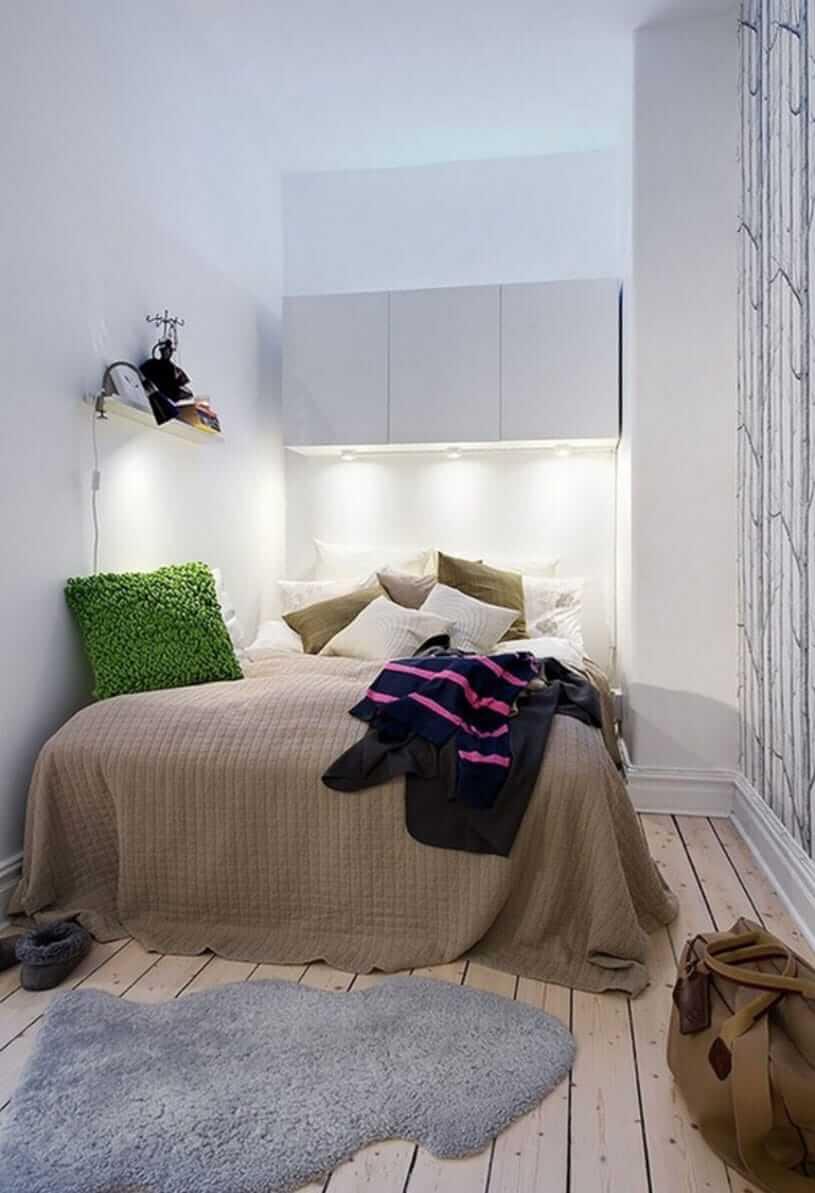 Узкая спальня 11 кв м