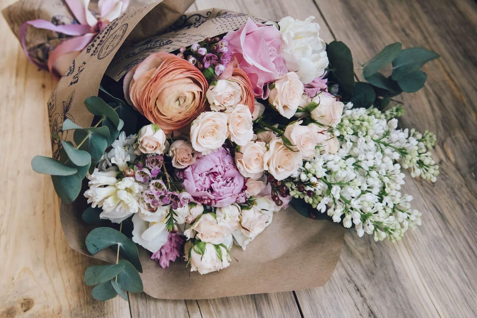 Цветы на Flowwow: 5 причин заказать доставку