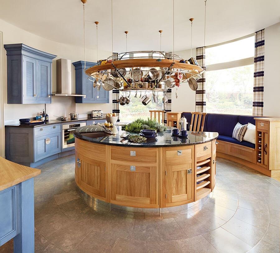 круглая кухня 9 кв м