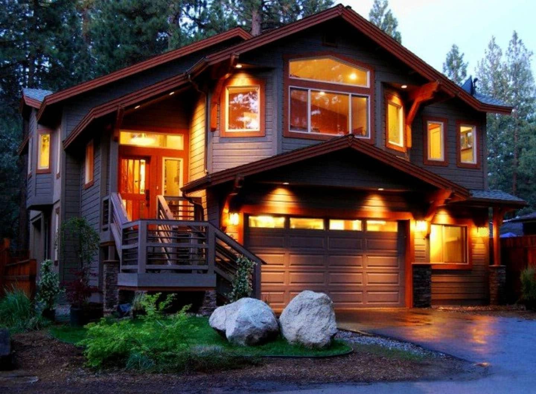 Подсветка фасада частного дома