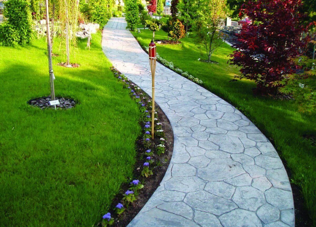 Садовые дорожки из бетона под камень