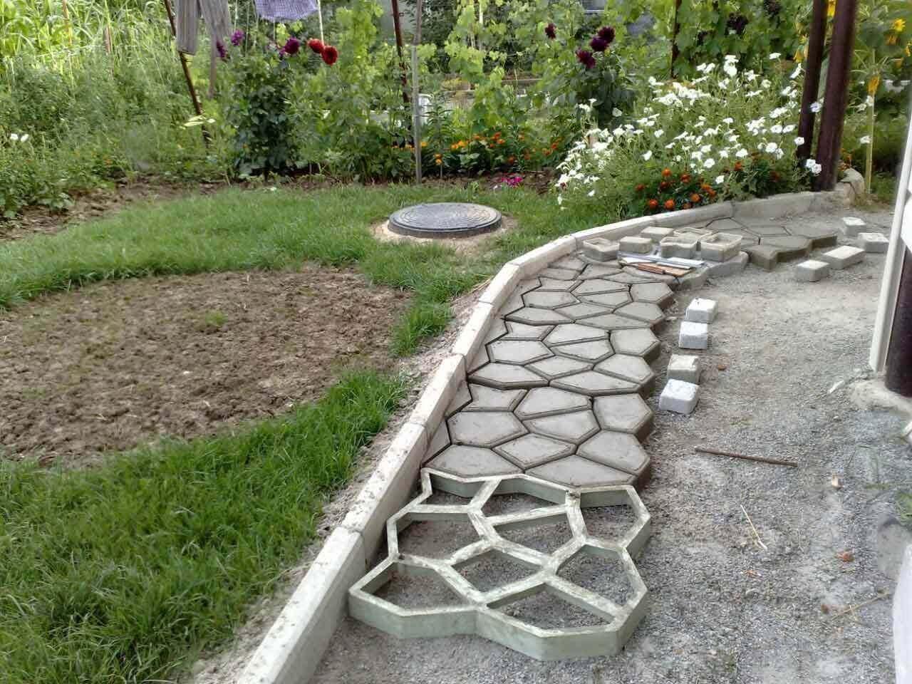 Cадовые дорожки из бетона под камень