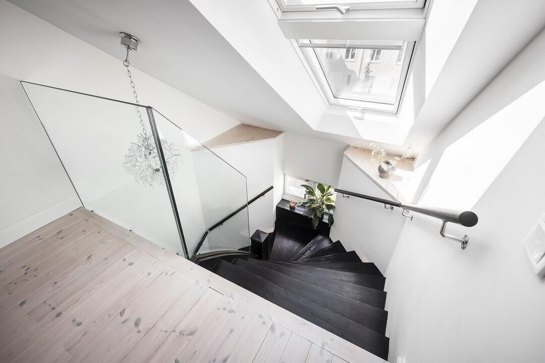 безопасная лестница на мансарду