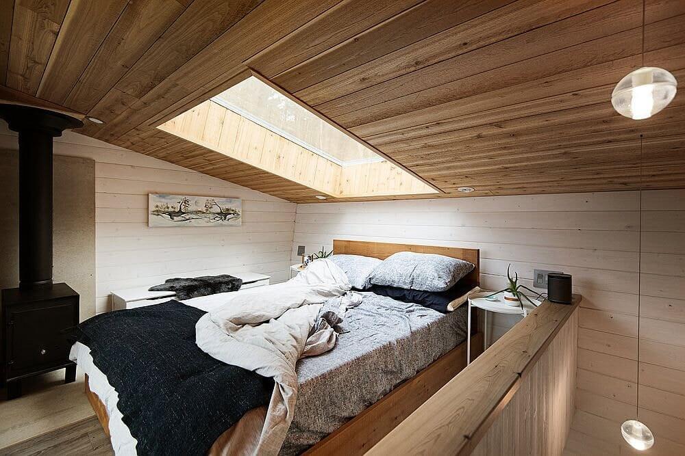 маленький дом с мансардой