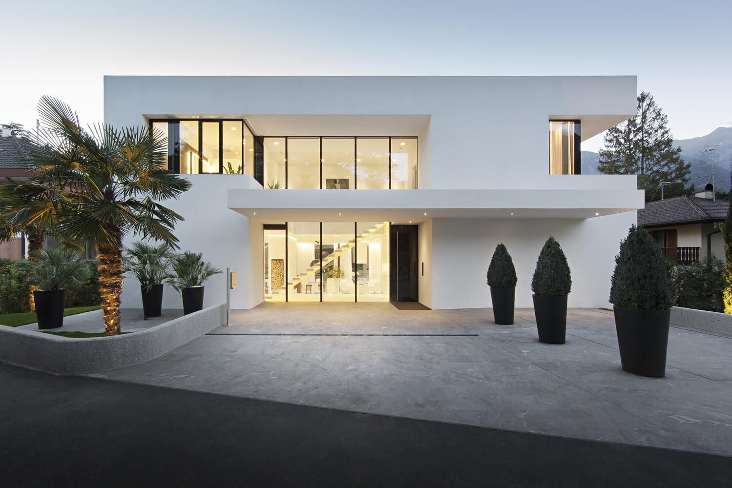 The Monovolume Architecture + Design в Мерано